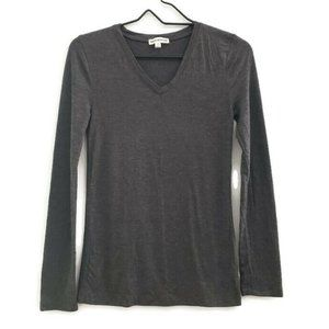 Zenana Outfitters V-neck Long Sleeve Top Small
